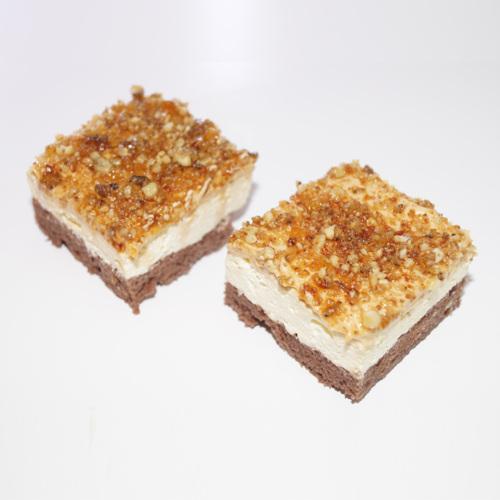 Prajitura cu vanilie si nuca caramelizata